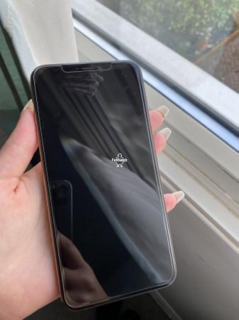 apple-iphone-xs-max-in-eltham-for-sale-big-1